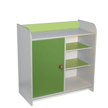 drewniana-szafka-z-dzwiczkami-zielone